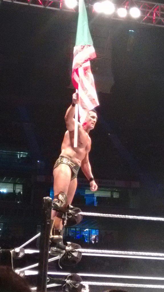 Alberto del Río durante el evento en vivo de la WWE en noviembre de 2015.